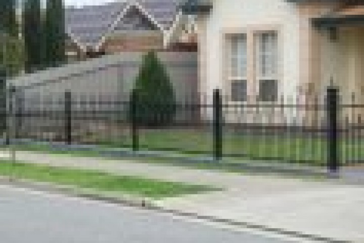 Pool Fencing Tubular fencing 720 480
